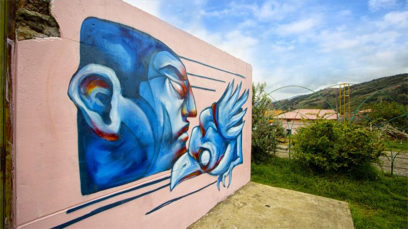 Arte-que-impacta-el-espacio-público-como-lienzo-artístico-universidad-continental-11.jpg