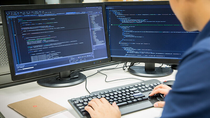 Programadores en la Industria 4.0   Universidad Continental